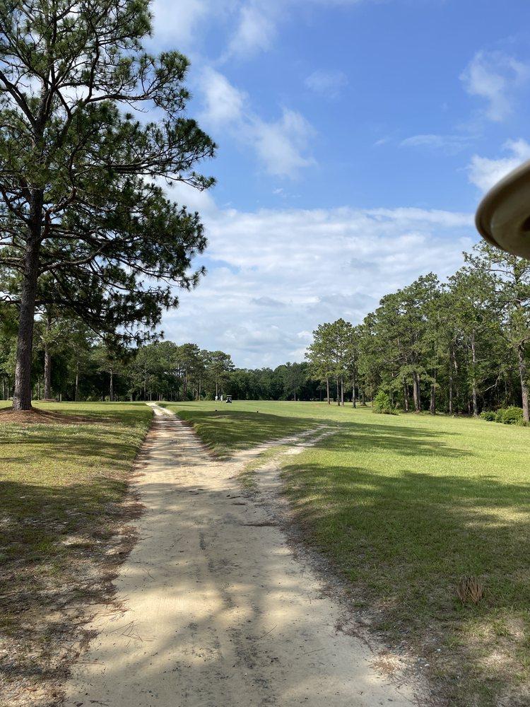Dogwood Lakes Golf Club: 1934 Country Club Dr, Bonifay, FL