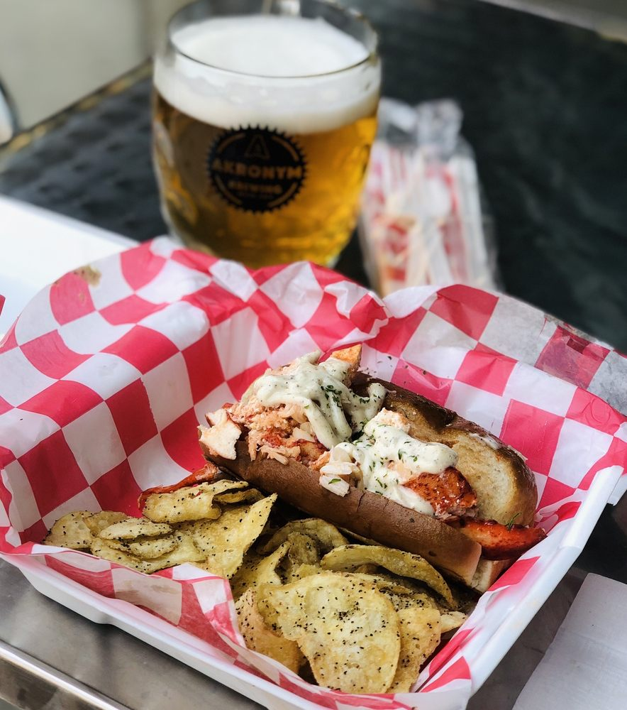 The Wicked Lobstah: Grove City, OH