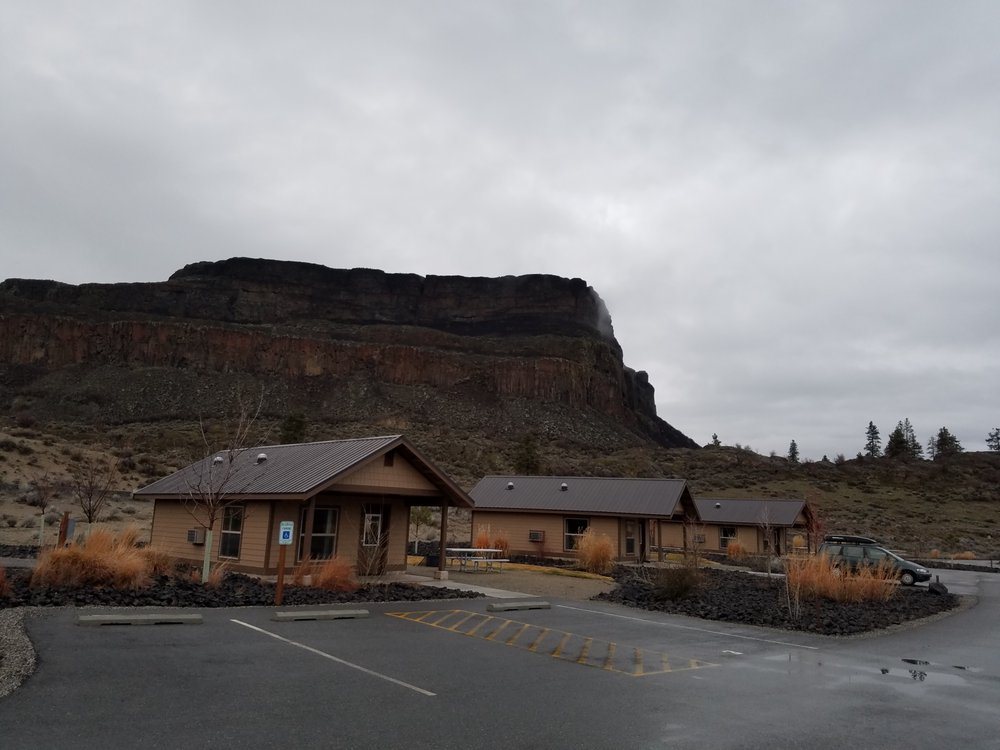 Steamboat Rock State Park: 51052 Highway 155, Electric City, WA