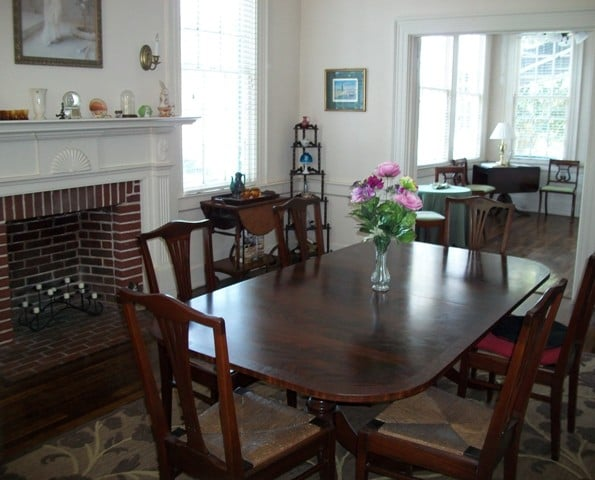 The Flanagan House Bed & Breakfast: 308 W Main St, Murfreesboro, NC