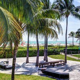 Photo Of Kimpton Surfcomber Hotel Miami Beach Fl United States Backyard