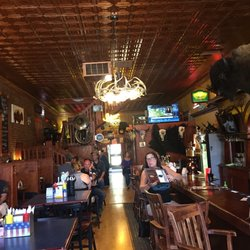 Bumpin buffalo bar and grill 42 photos 78 reviews american traditional 245 main - Buffalo american bar and grill ...