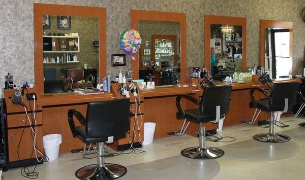 Touch of class beauty salon geschlossen friseur 643 for A touch of class beauty salon