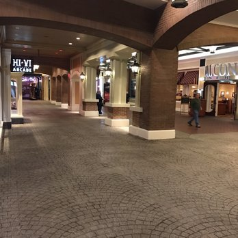 Admirable Ameristar Casino Resort Spa St Charles 217 Photos 173 Interior Design Ideas Inesswwsoteloinfo