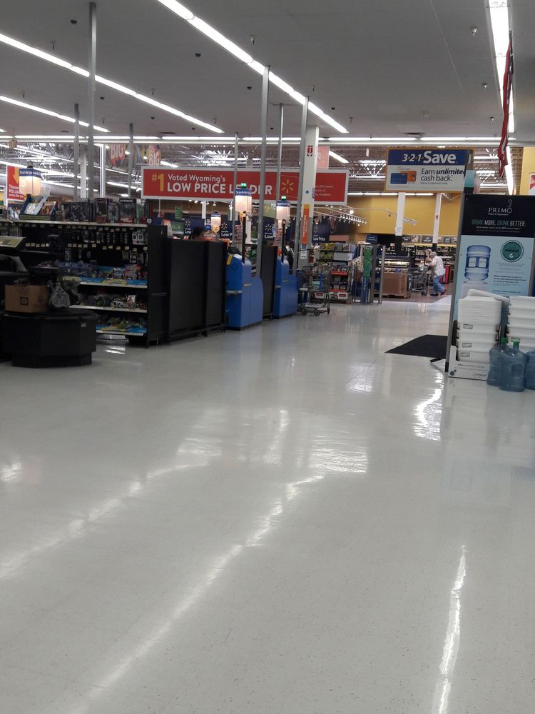Walmart Supercenter: 2300 S Douglas Hwy, Gillette, WY