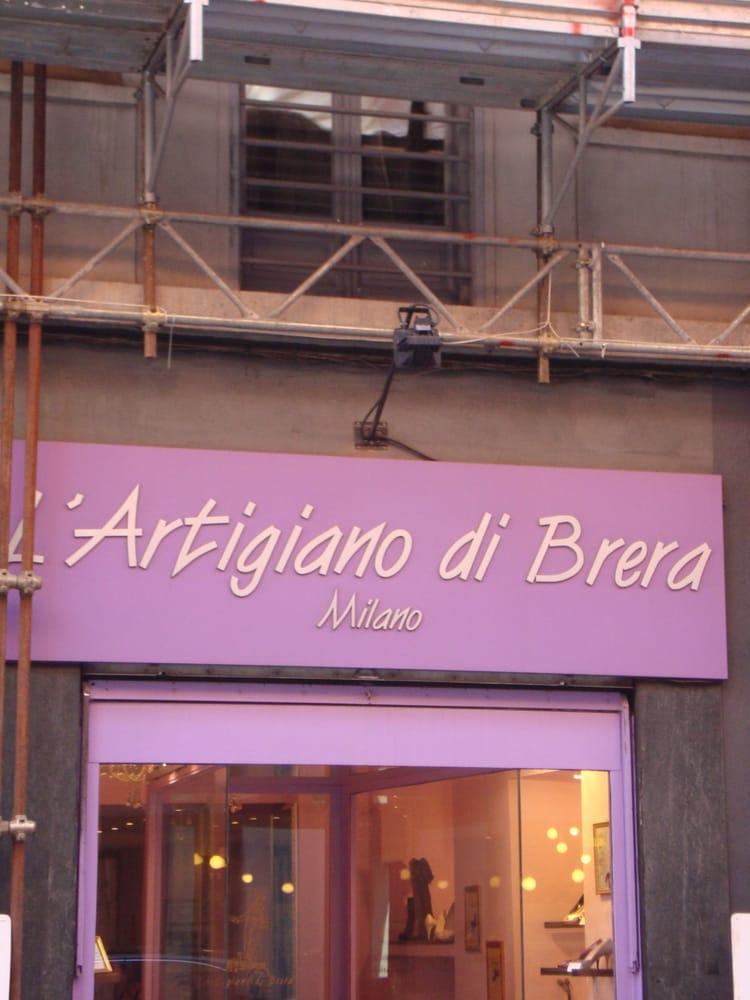 L artigiano di brera negozi di scarpe via solferino 1 - Divano artigiano milano ...