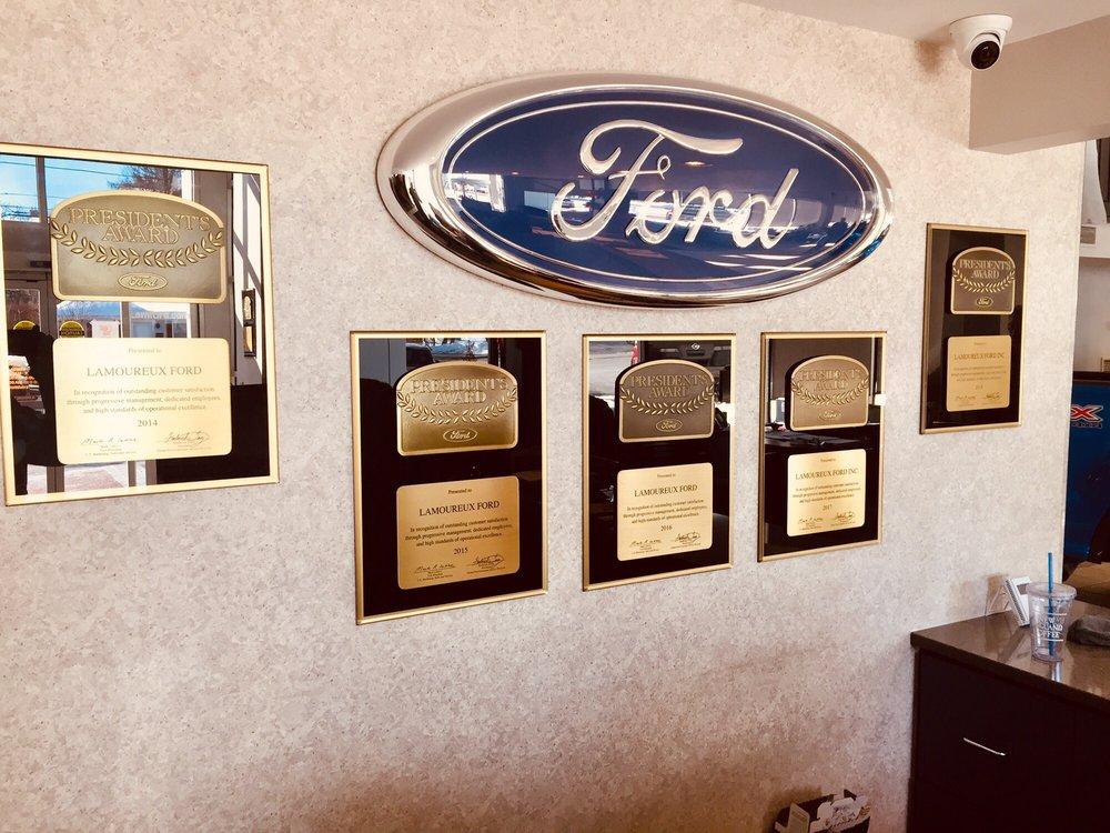 Lamoureux Ford: 366 E Main St, East Brookfield, MA