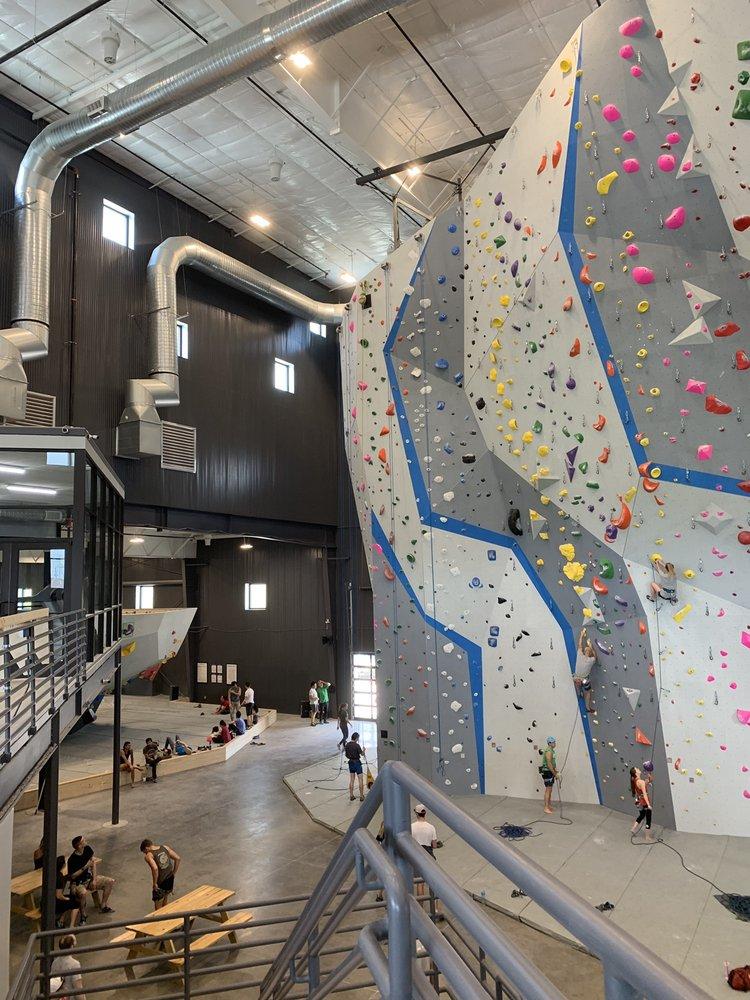 Summit Climbing - Plano: 525 Talbert Dr, Plano, TX