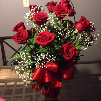 Dozen Roses Delivered To My Wife S Work And Looks Great Yelp