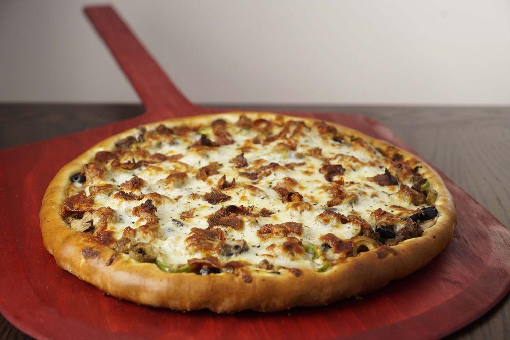 Rosati's Pizza: 21423 N John Wayne Pkwy, Maricopa, AZ