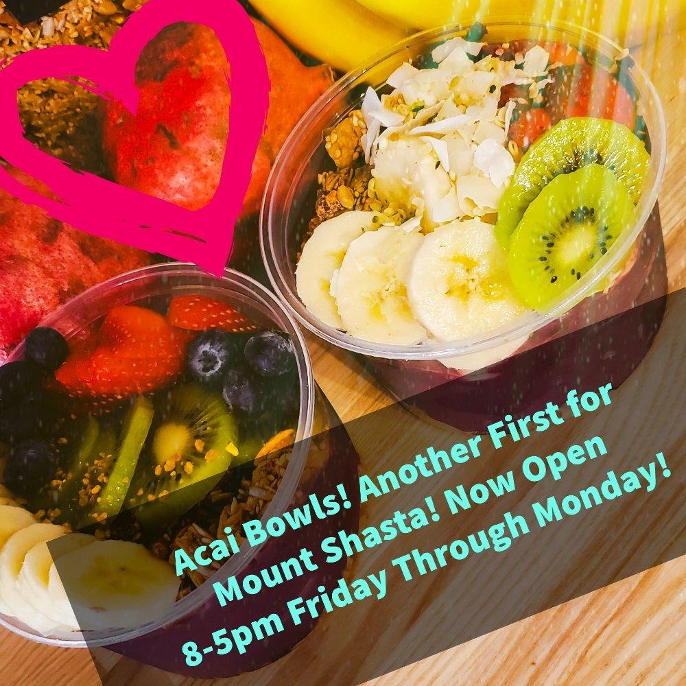 Alua's Thrive Bar: 315 Chestnut St, Mount Shasta, CA