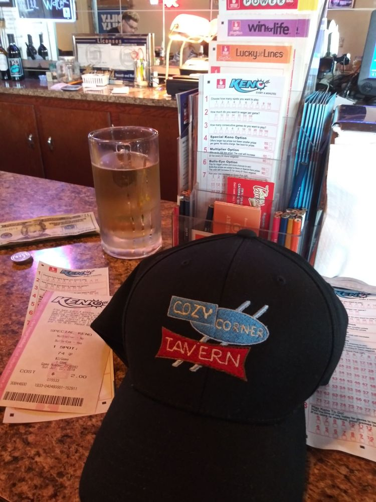 Cozy Corner Tavern: 198 E Main St, Hermiston, OR