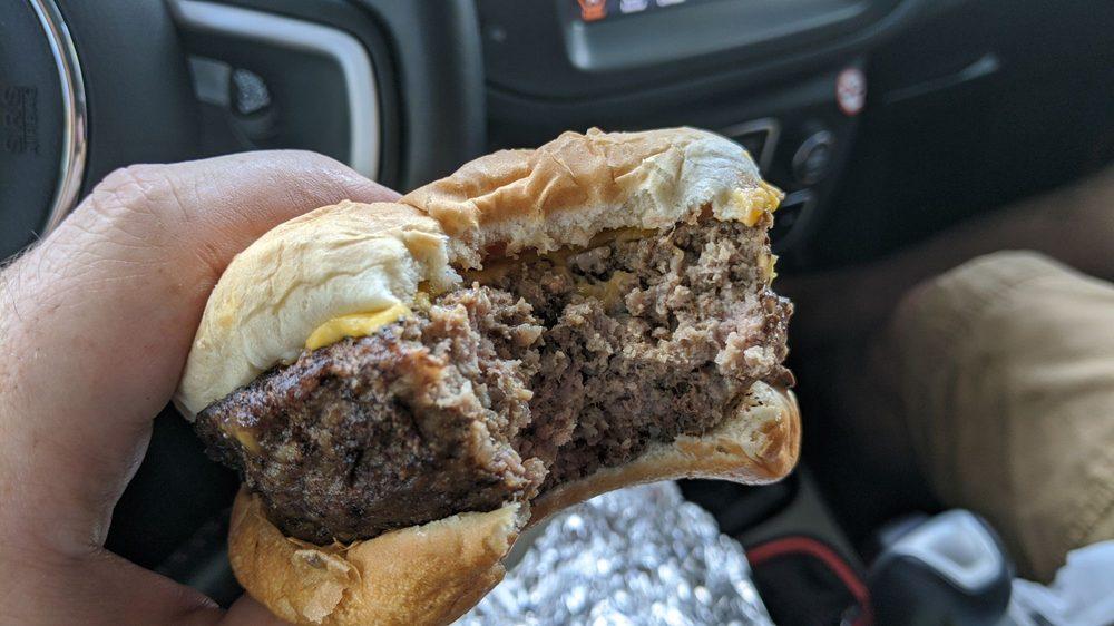 Grumpy Bert's BBQ Food Truck: Groveland, FL