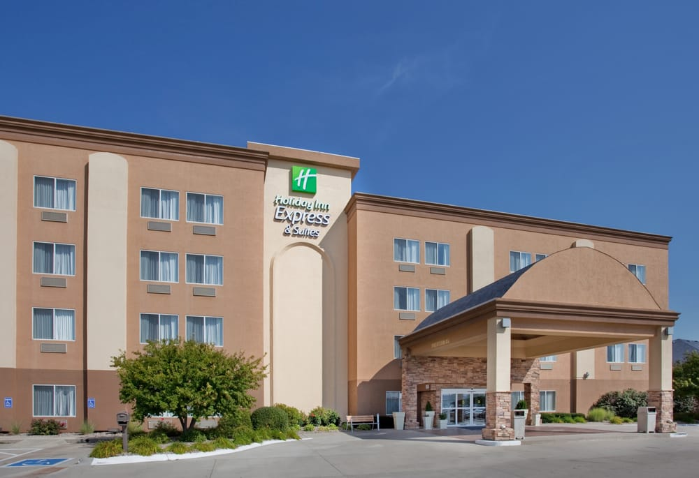 Holiday Inn Express & Suites  -Columbus: 524 E 23rd St, Columbus, NE