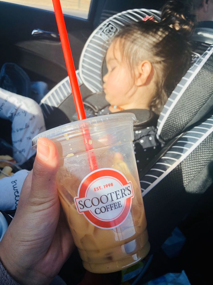 Scooter's Coffee: 2120 N 14th Ave, Dodge City, KS