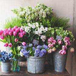 Petit Jardin En Ville - 44 Photos & 28 Reviews - Florists - 134 N ...