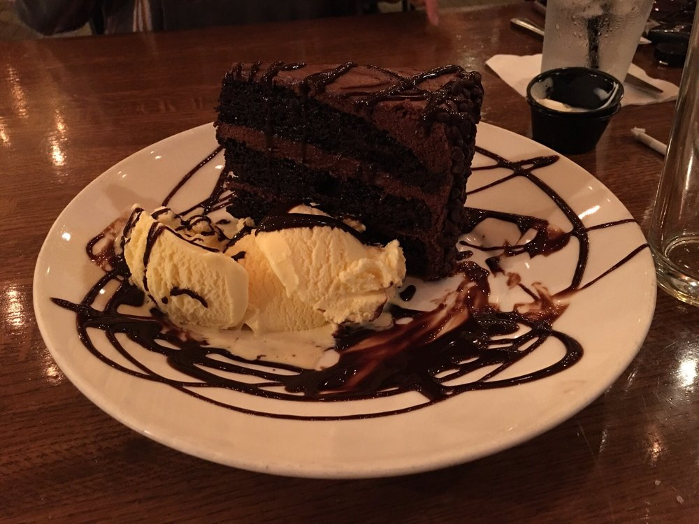 Lakeview Grille: 604 W Veterans Pkwy, Yorkville, IL