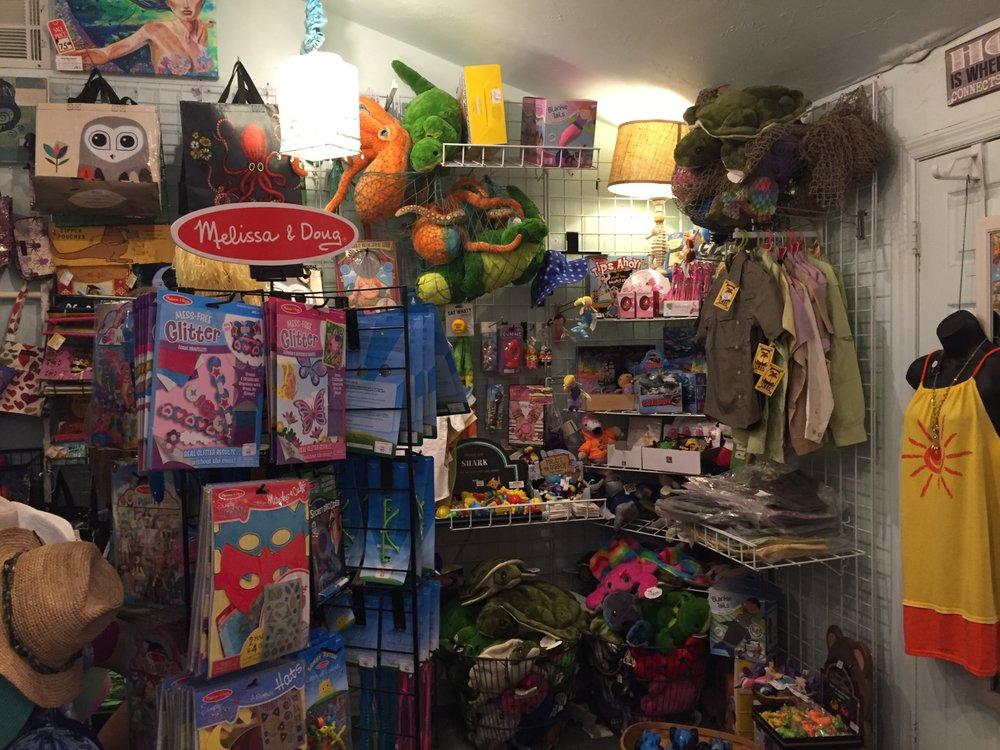 Bert's Pine Bay Gallery: 4332 Pine Island Rd, Matlacha, FL