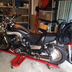 motorcycle world 31 fotos motorradh ndler 8242 w. Black Bedroom Furniture Sets. Home Design Ideas