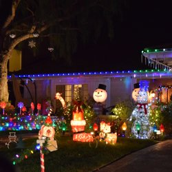 Brea Christmas Light Neighborhood