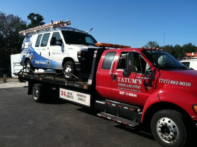 Towing business in Bayonet Point, FL