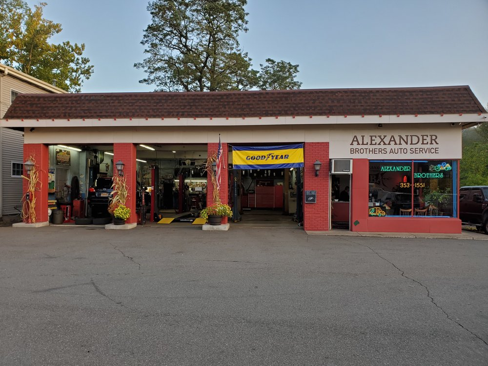 Alexander Brothers Automotive: 712 W Nyack Rd, West Nyack, NY