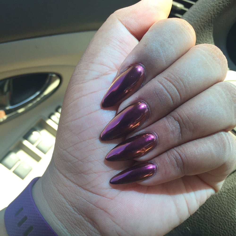 They finally do Chrome nails! Ladies and Gents, please come to Hana ...