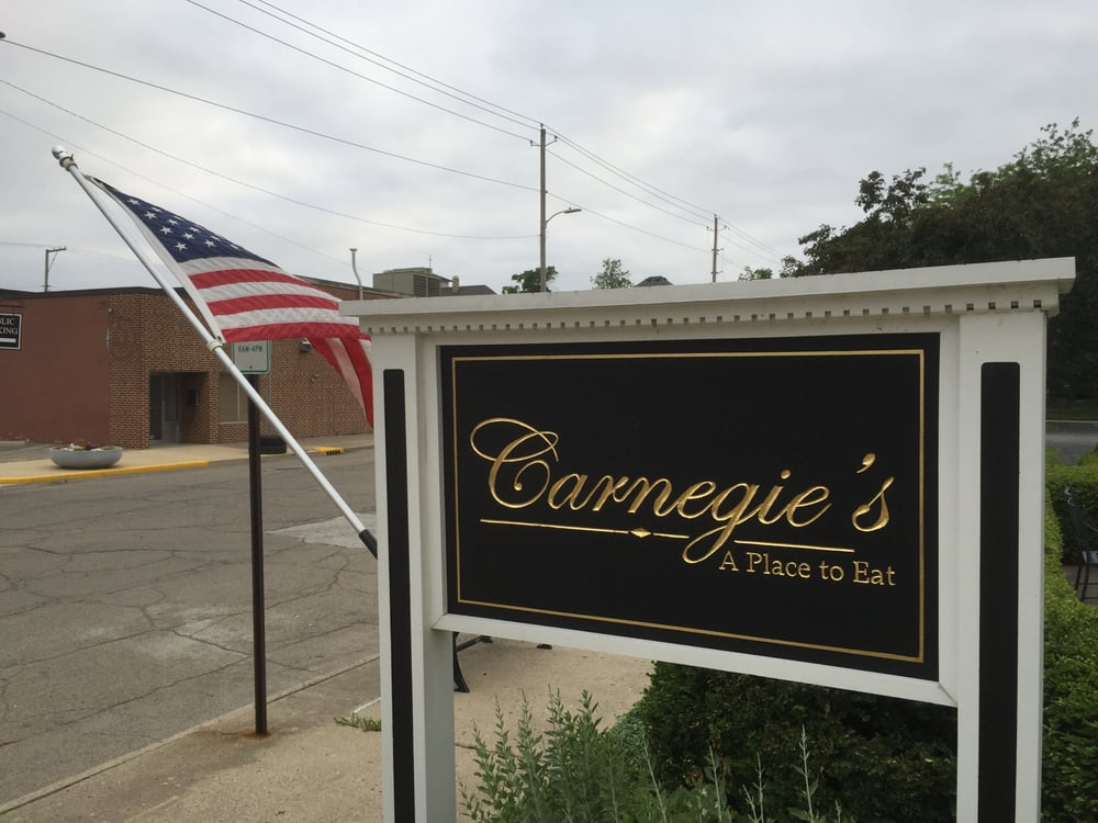 Carnegie's A Place To Eat: 100 W North St, Greenfield, IN