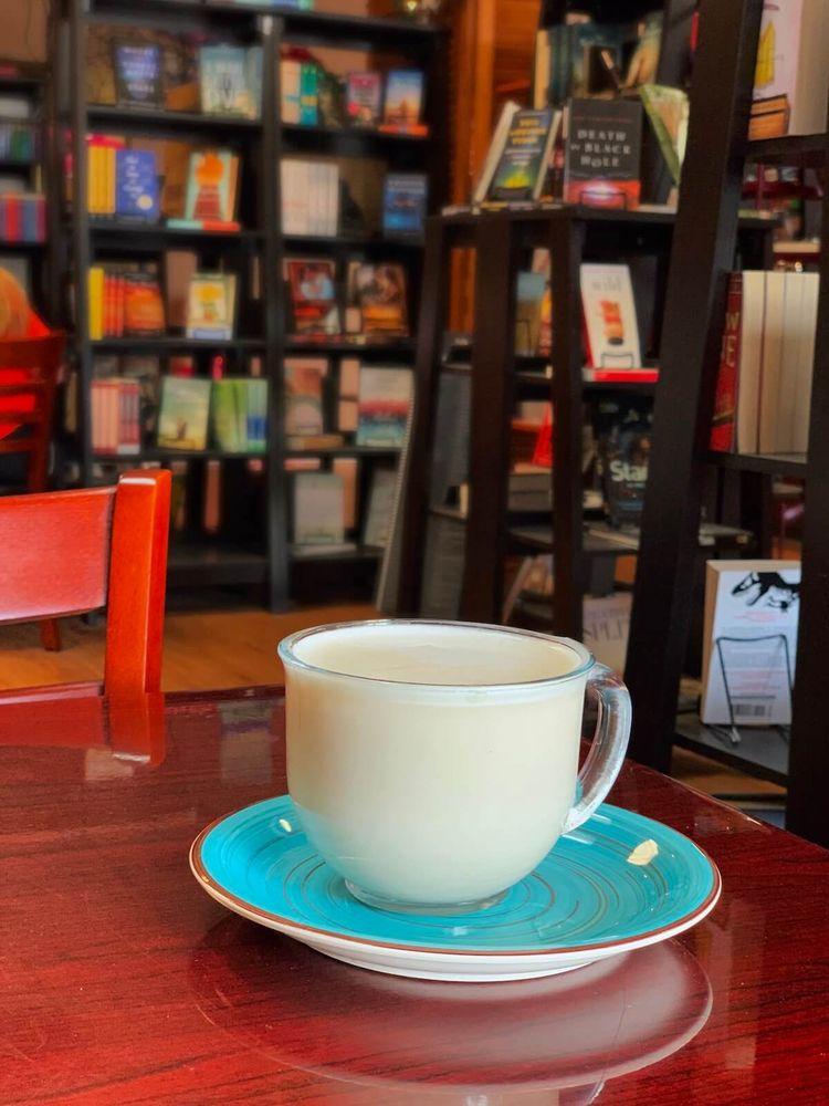 The Coffee Shelf: 130 Amicks Ferry Rd, Chapin, SC