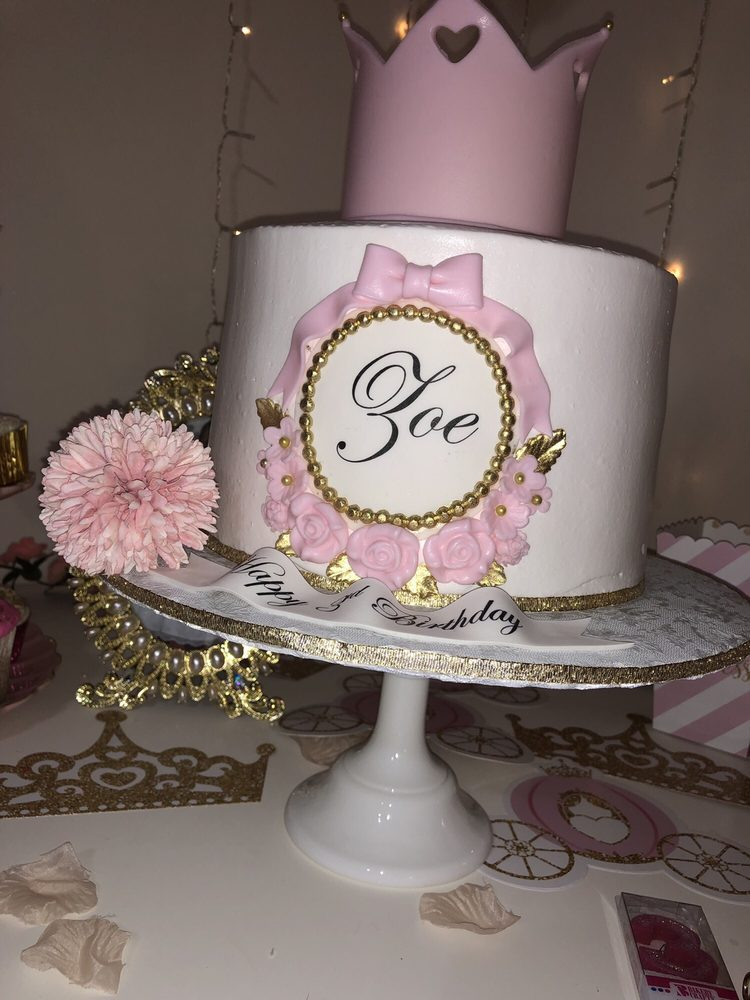 Photo Of Gladis Cakes Ice Cream