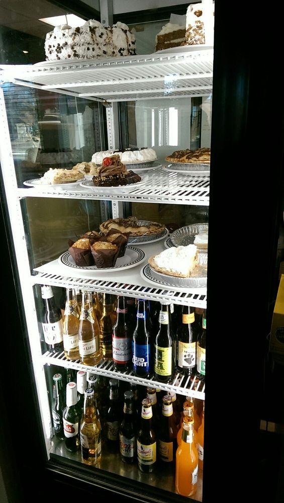 Bristol 45 Diner: 8321 200th Ave, Bristol, WI
