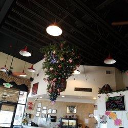 Photo Of Giuseppe S Pizza Italian Restaurant Le Valley Ca United States