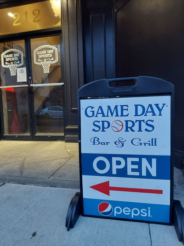 Game Day Sports Bar and Grill: 212 S I St, Aberdeen, WA