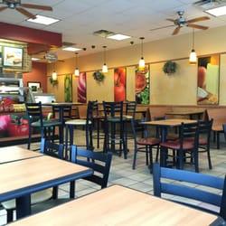 Restaurants Fast Food Sandwiches Photo Of Subway Kansas City Mo United States Dining Area