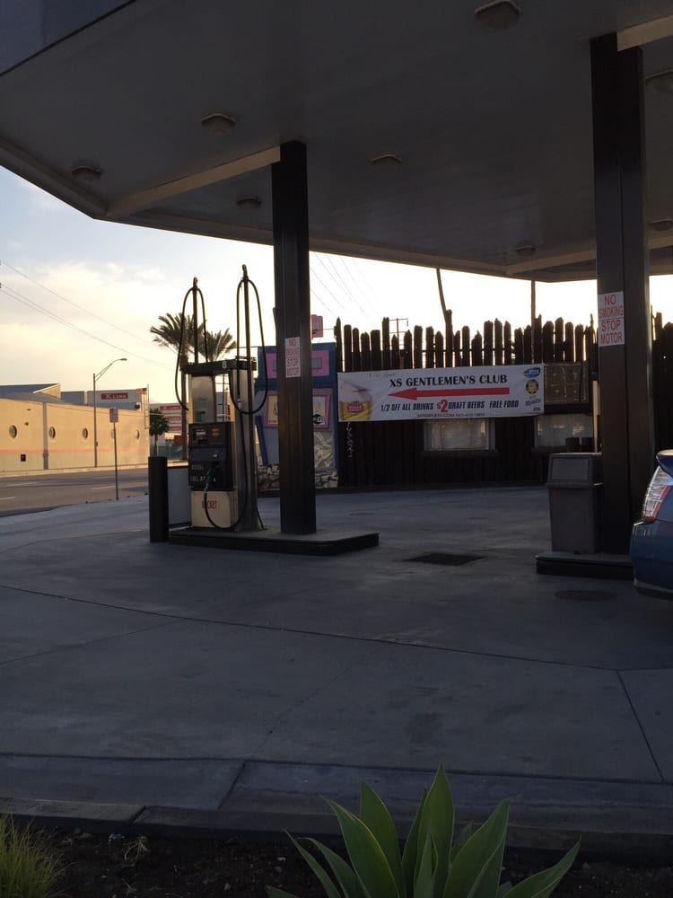Diesel Gas Station Near Me >> Rocket Oil 4 - Gas & Service Stations - 1701 W Aneheim St ...