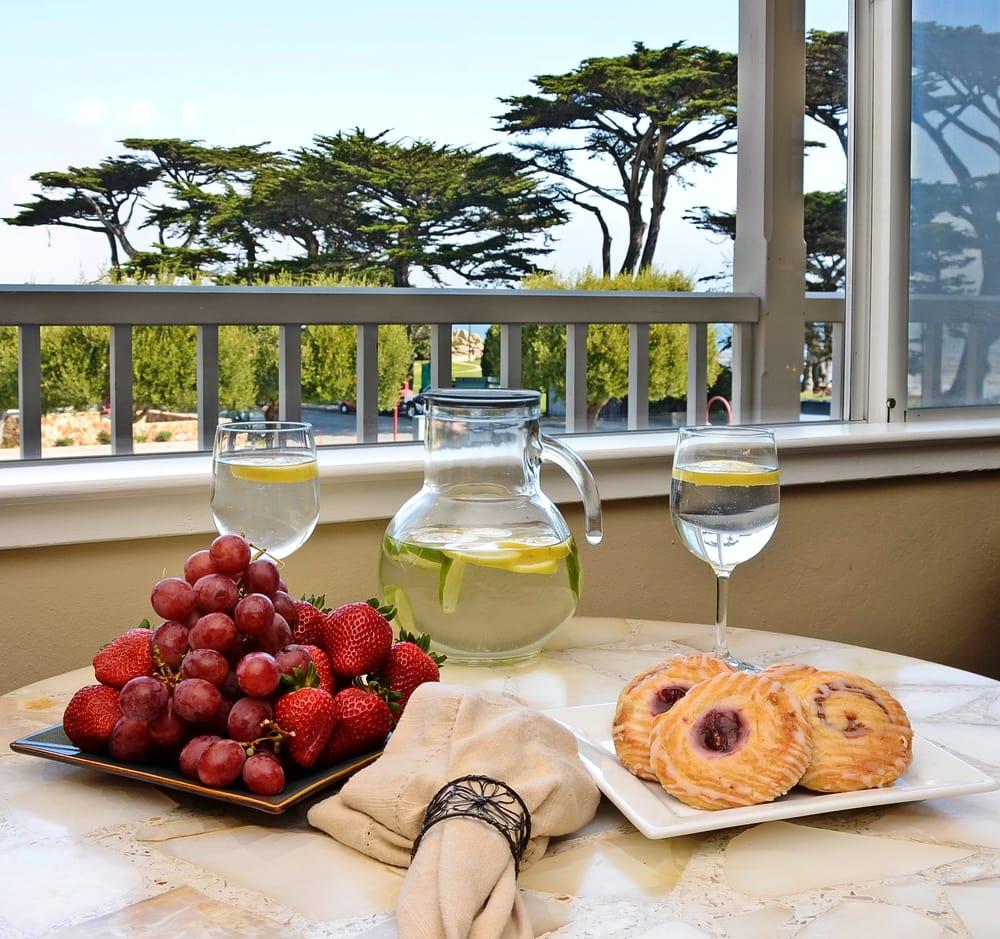 Breakfast Pacific Grove Restaurants