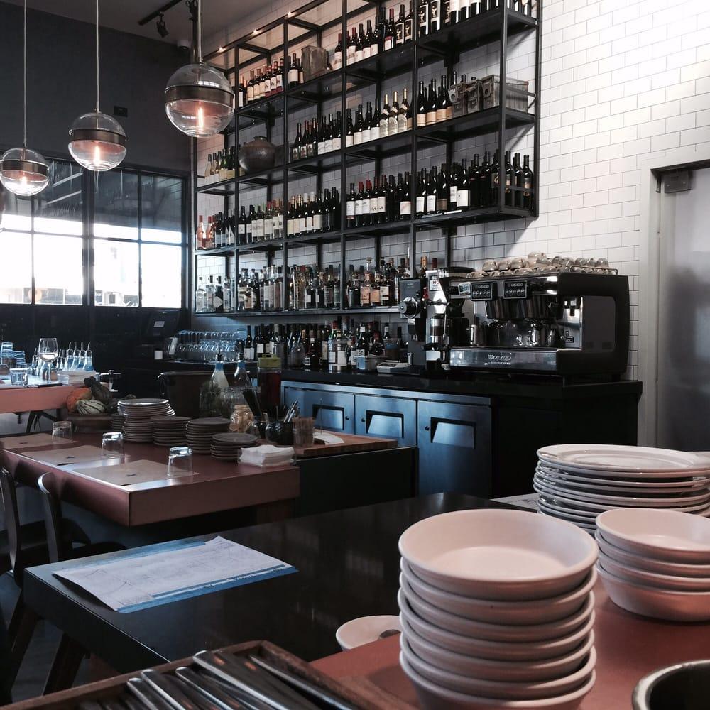 Q Bar And Kitchen: Wine Bar
