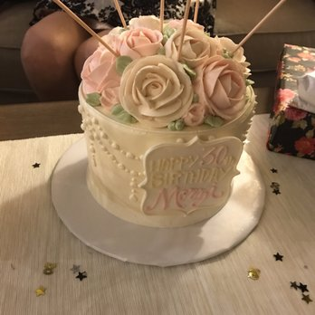 Photo Of White Flower Cake Pe Beachwood Oh United States I Ordered