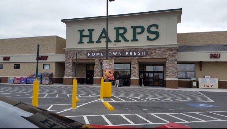 Harps Food Store: 34040 Commerce Dr, De Soto, KS