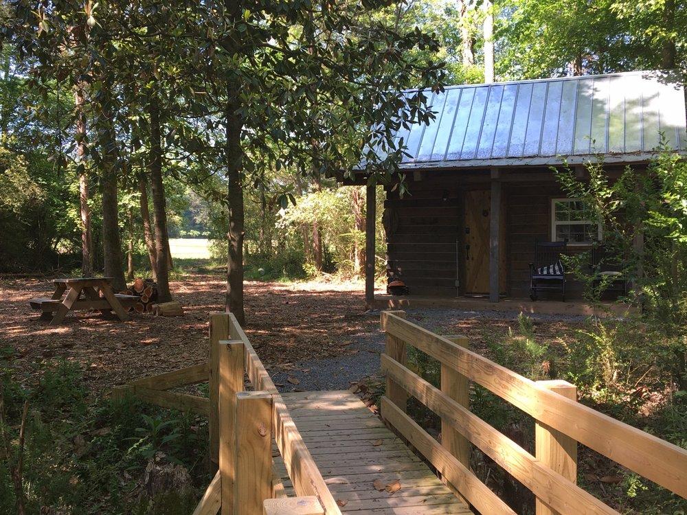 Hidden Hills Farm & Saddle Club: 5900 Edgmon Rd, Ooltewah, TN