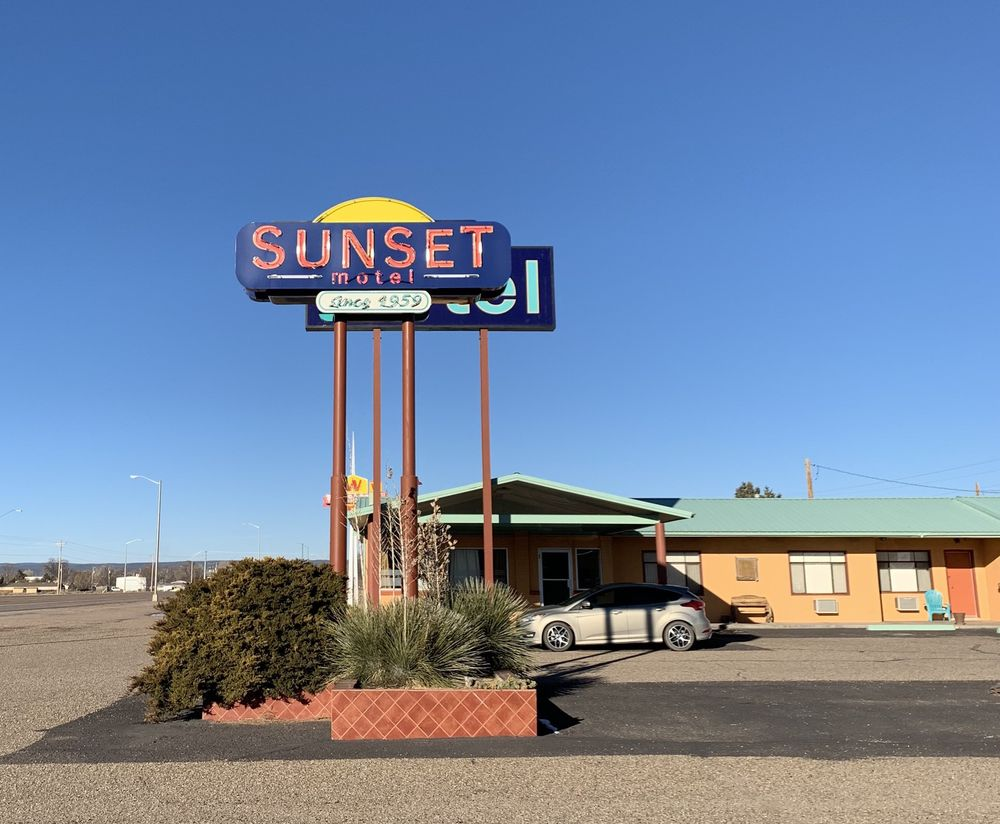 Sunset Motel: 501 E Central Old Rt 66, Moriarty, NM