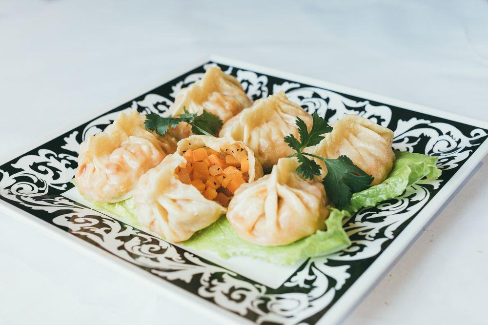 Dolan Uyghur Restaurant: 13872 Metrotech Dr, Chantilly, VA