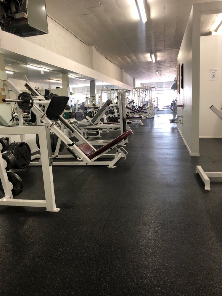 Elite Muscle: 115 S Main St, Belen, NM