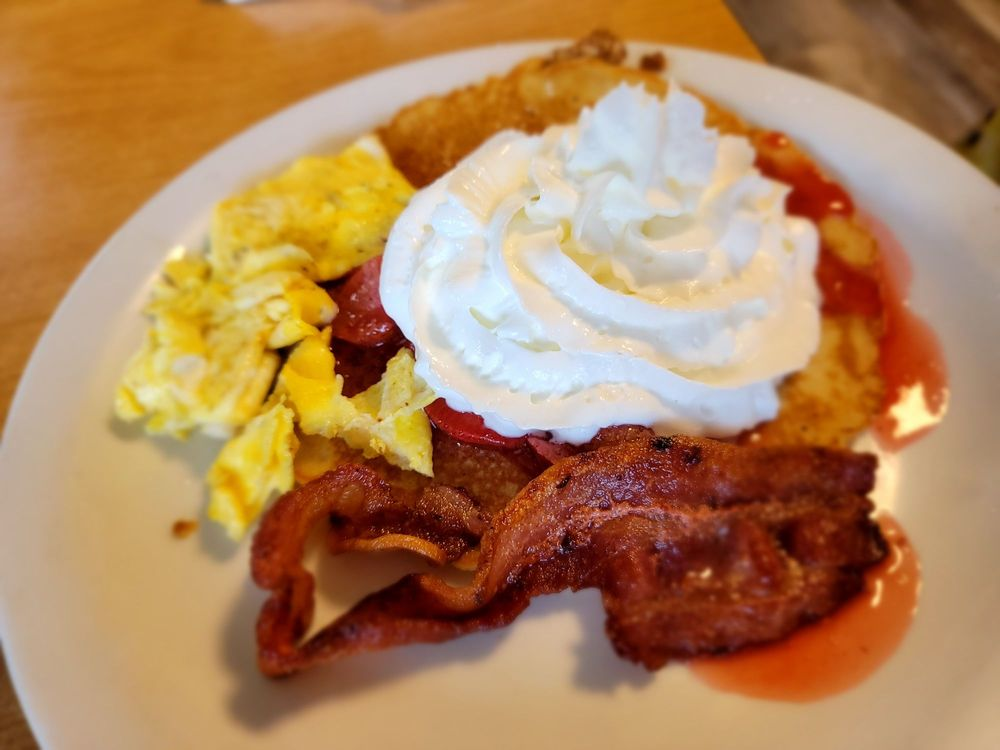 Inland Cafe: 2715 10th St, Baker City, OR