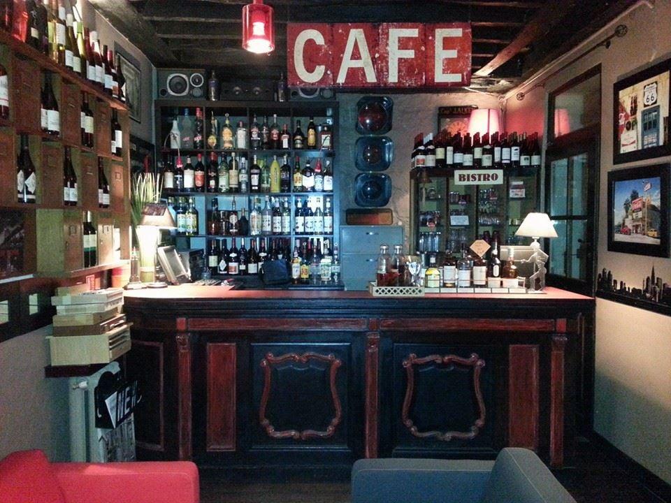 tomato bistro 15 photos bistros 78 rue de bagnolet. Black Bedroom Furniture Sets. Home Design Ideas