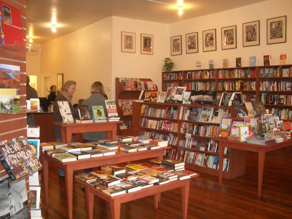 Battenkill Books: 15 E Main St, Cambridge, NY