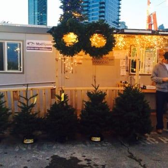 Delancey Street Christmas Tree Lot - 11 Photos & 18 Reviews ...