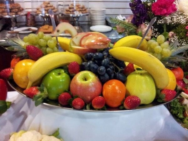 Whole fruit platter, the best way to finish a magnificent feast ...