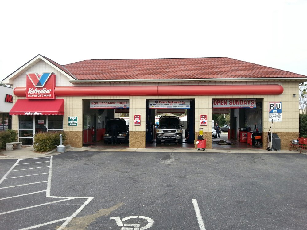 Oil Change Near Me Open Sunday >> Valvoline Instant Oil Change 10 Reviews Oil Change Stations
