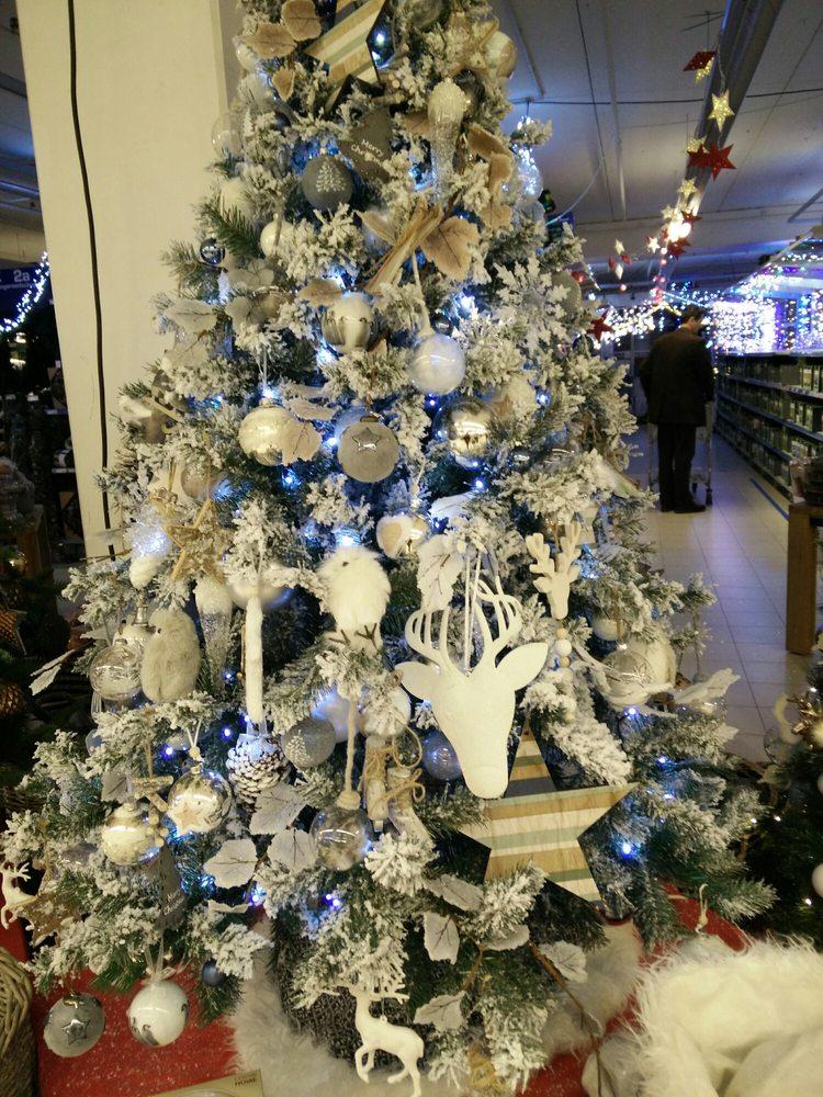 Photos For Makro - Yelp - Makro Christmas Trees SuriSara